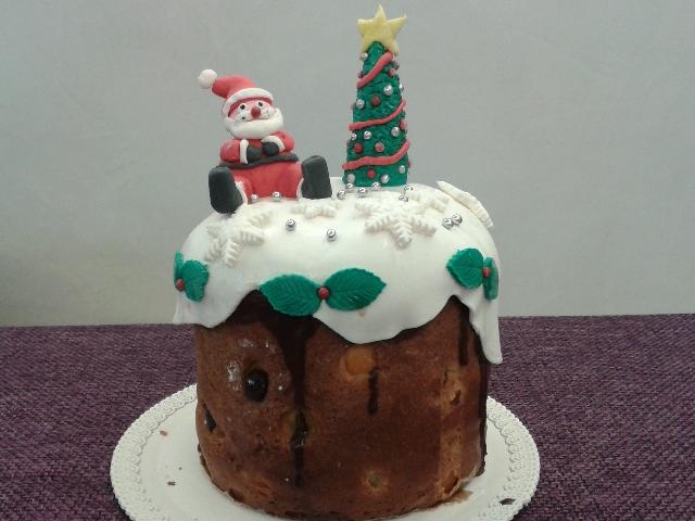 Panettone e Pandoro decorati: il cake design natalizio