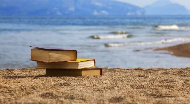 un-lungomare-di-libri-Napoli