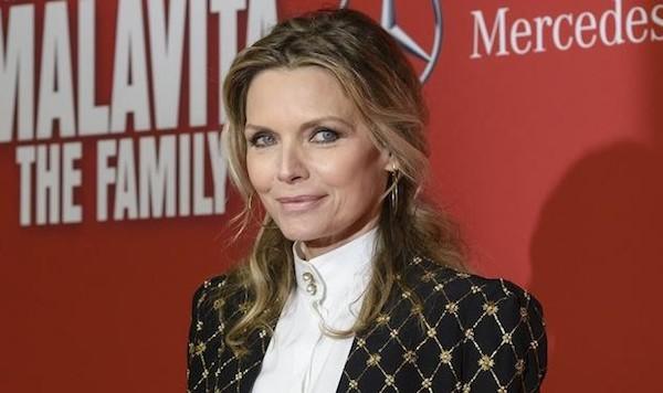 Michelle Pfeiffer, semplicemente eternamente raffinata.