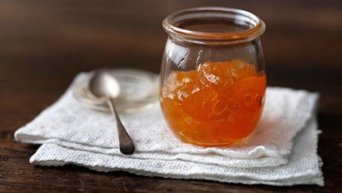 Marmellata fatta in casa con frutta biologica: per conservare i sapori dell'estate anche nei mesi più freddi!