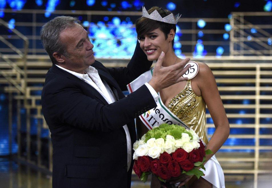 Miss-Italia-2015-Alice-Sabatini-incoronazione