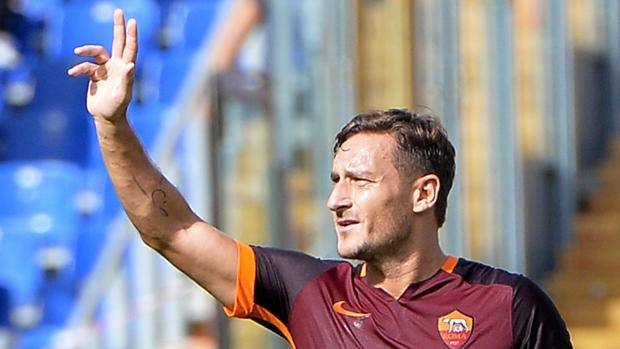 Totti-Francesco-300-gol