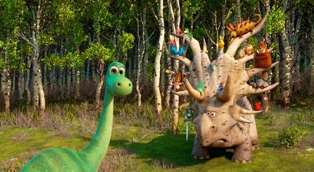 il-viaggio-di-Arlo-Disney-Pixar-animal-house