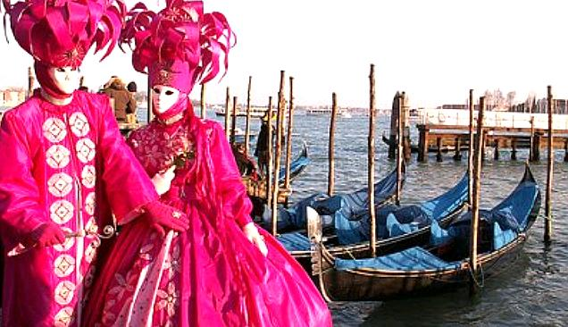 carnevale-di-venezia-maschere-e-gondole