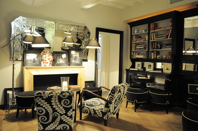 firenze chateaux-hotels-collection_hotel-cellai_bar-biblioteca-camino