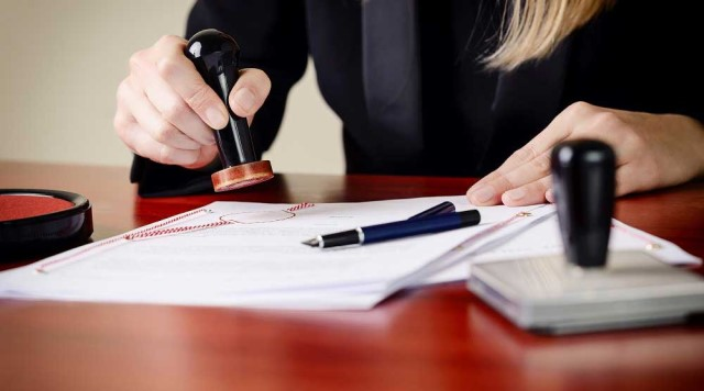 Come gestire una separazione: dalla scelta dell'avvocato al patrocinio gratuito
