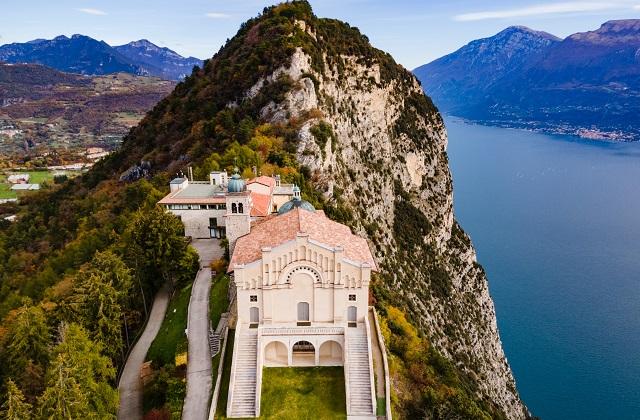 Vacanze al lago: alla scoperta del Garda, d'Iseo e d'Idro, unici e stupendi
