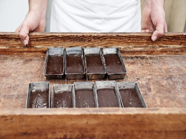 lavorazione-cioccolato-modica
