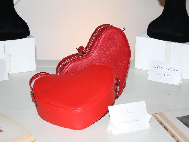 Love Bag by Romana Busani