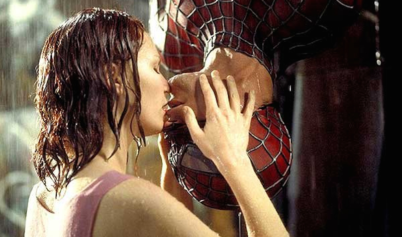 bacio-spiderman