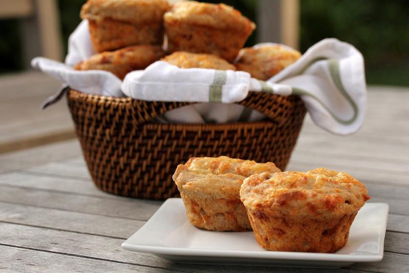 muffin salati scamorza, prosciutto cotto e champignon