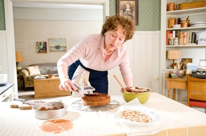 "Meryl Streep, una scena dal film ""Julie and Julia"""