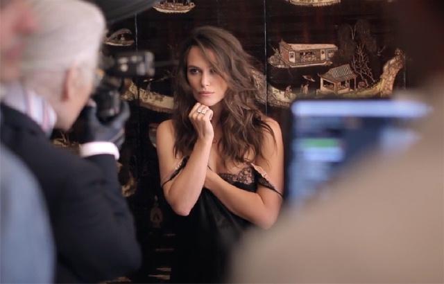 """Karl Lagerfeld immortala Keyra Knightley per """"Mademoiselle Privè"""""""