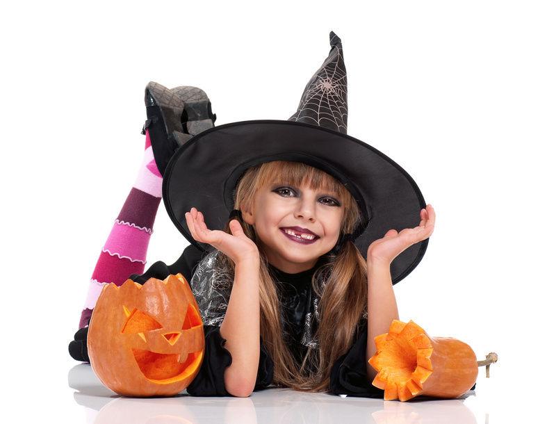 costume-halloween-da-strega-fai-da-te-per-bambini