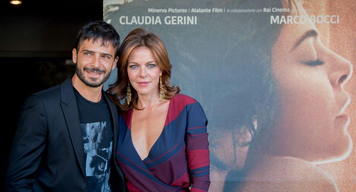 esigenza-di-unirmi-ogni-volta-con-te-Marco-Bocci-Claudia-Gerini