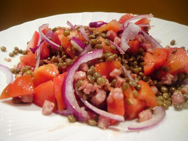idee-menù-capodanno-insalata-di-lenticchie-pancetta-croccante