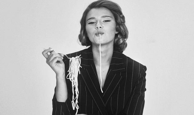 "Natalia Moskal: da oggi in radio ""Tu vuo' fa' l'americano"""