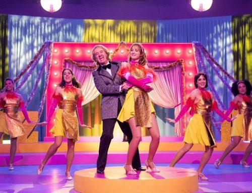 Ballo Ballo: il trascinante musical con le canzoni della Carrà (recensione)
