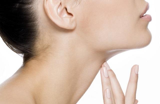 Come-eliminare-il doppio mento erminio-mastroluca