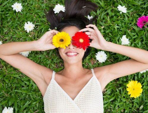 Come preparare la pelle alla primavera? Con yoga, pilates, pomodori e…