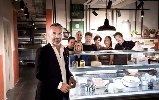 Mercato centrale Milano: la bottega Carioni con la Bio-burrata