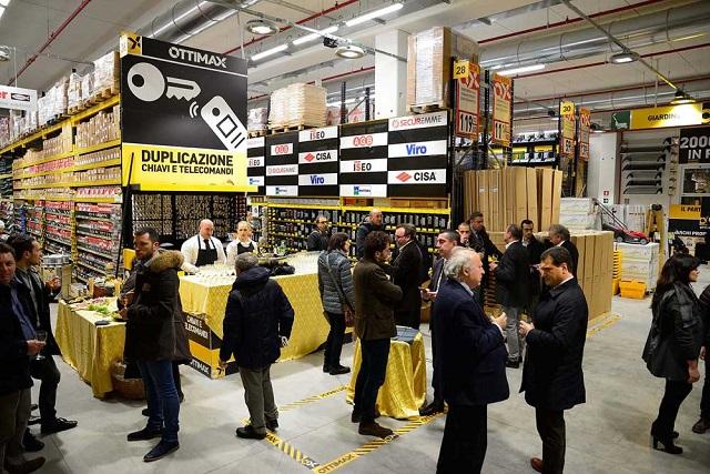 Inaugurazione punto vendita Ottimax di Cesena