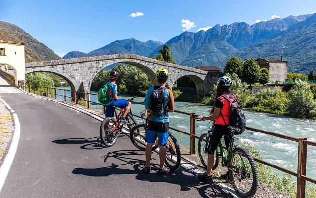 Vacanza in bici: scopri Valtellina Bike friendly, itinerari e molto altro