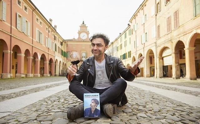 Salutami tuo fratello: il primo libro di Marco Ligabue (video incontro)