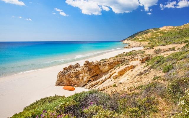 Sardegna: a Pula le spiagge più instagrammate grazie a Temptation Island