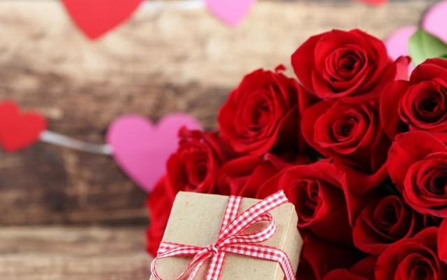 Idee regalo San Valentino per lei: tanti spunti per un pensiero stiloso