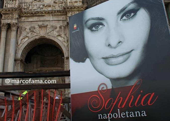 Sophia-Loren-Napoli-cittadina-onoraria-4