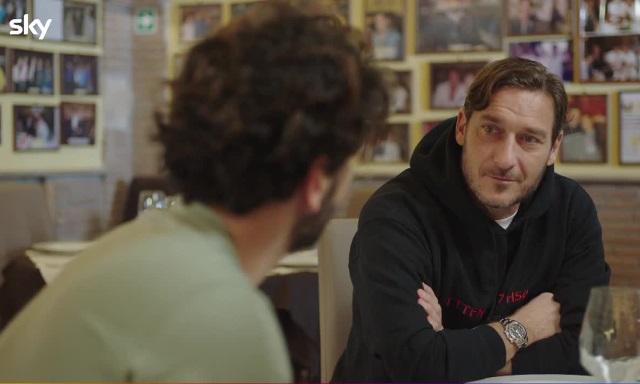 Speravo de morì prima serie TV Sky Original su Francesco Totti