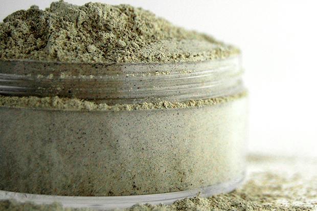 argilla-verde-come-scaricare-tinta-per-capelli