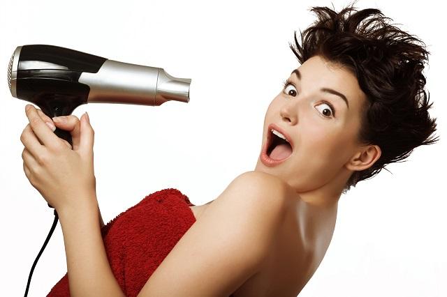 Come scaricare la tinta dai capelli: 3 rimedi fai da te