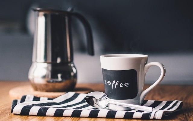 Galateo del caffè le regole per riscoprire il piacere di un rito tutto italiano