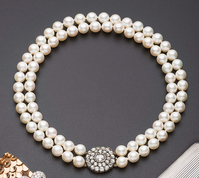 Collana perle con chiusura antica