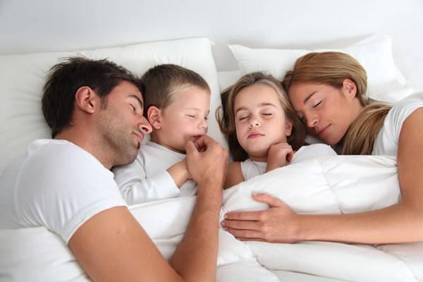 insonnia-essenze-che-favoriscono-il-sonno-di-tutta-la-famiglia