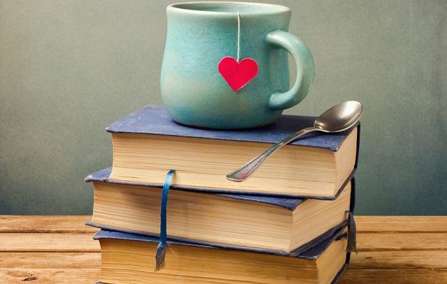 Libri per San Valentino la TOP 10 della Redazione da regalare o regalarsi