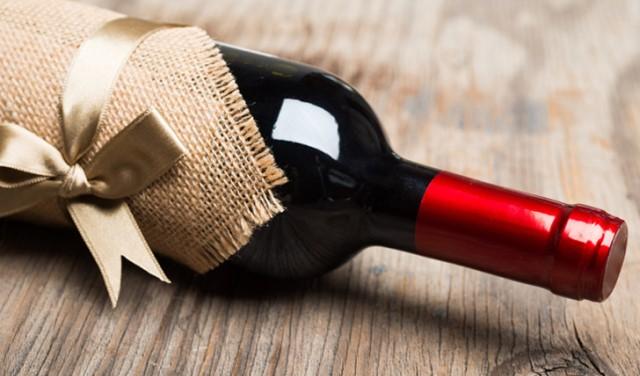 come scegliere il vino da regalare