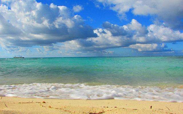 Vacanze al caldo 3 paradisi dove godersi il mare anche nei mesi invernali